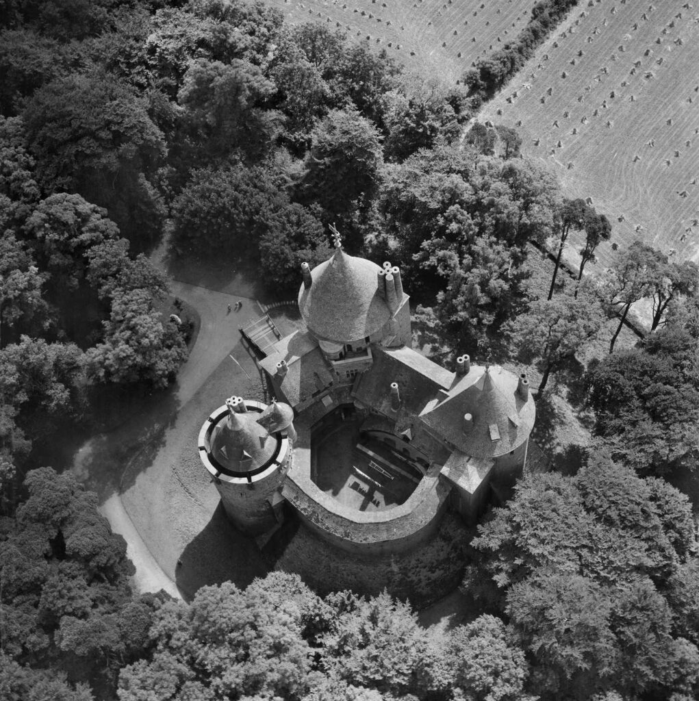 Aerial view of Castell Coch, 1949
