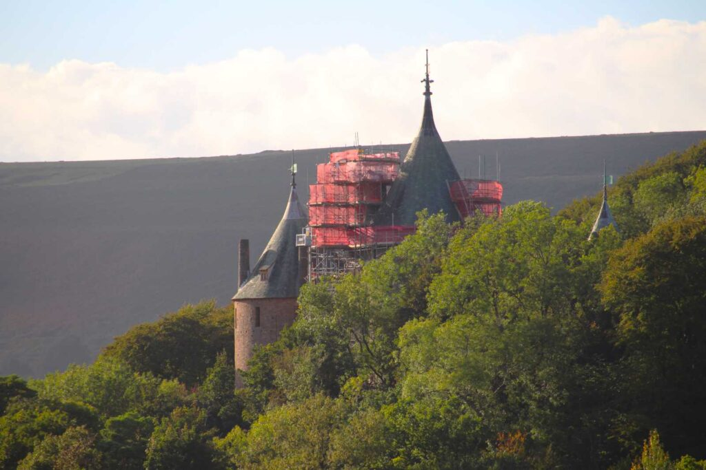 Scaffolding on Castell Coch