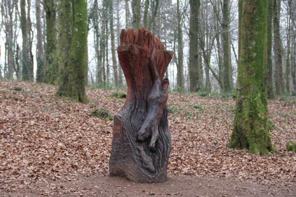 Wooden sculpture of otter